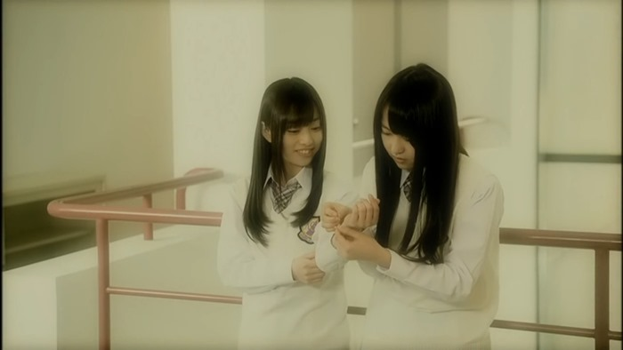 MV Nogizaka46 2nd Single - Ookami ni Kuchibue wo (Under Girl).mkv - 00036