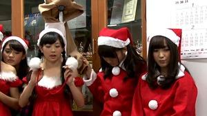 フェアリーズ クリスマスパーティー2013[ニコニコ生放送 アーカイブ] - YouTube.mp4 - 00132