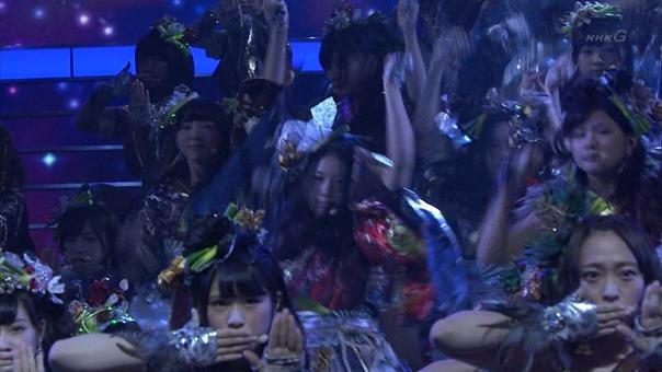 NMB48 PART (64th NHK Kouhaku Uta Gassen 2013.12.31).ts - 00006