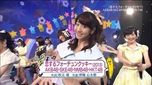 AKB48, HKT48 & AKB48G - Labrador Retriever, Melon Juice, Koisuru Fortune Cookie (TV Tokyo Ongakusai 140626).ts - 00059