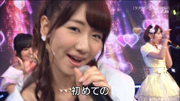 AKB48, HKT48 & AKB48G - Labrador Retriever, Melon Juice, Koisuru Fortune Cookie (TV Tokyo Ongakusai 140626).ts - 00032