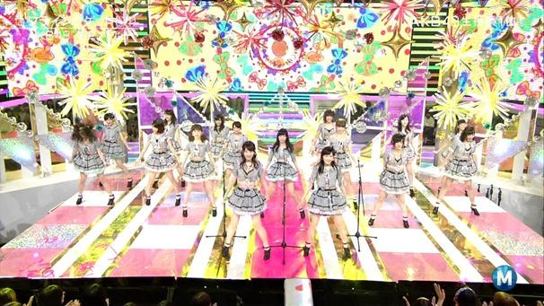 AKB48 - Labrador Retriever   Flying Get (Music Station 2014.06.27).ts - 00166