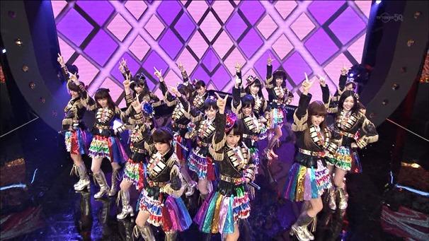 AKB48, SKE48, NMB48 & Nogizaka46 - Heavy Rotation, Everyday Katyusha, Flying Get, Mirai to wa, Ibiza Girl, Natsu no Free & Easy (TV Tokyo Ongakusai 140626).ts - 00038
