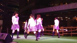 8_5 青SHUN学園 リリースイベント@キャナルシティ 「ツインテール〜I LOVE YOUをありがとう〜」 - YouTube.mp4 - 00009