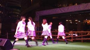 8_5 青SHUN学園 リリースイベント@キャナルシティ 「ツインテール〜I LOVE YOUをありがとう〜」 - YouTube.mp4 - 00011