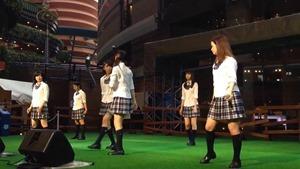 青SHUN学園 リリースイベント@キャナルシティ 「手紙。」 - YouTube.mp4 - 00003
