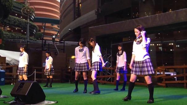 青SHUN学園 リリースイベント@キャナルシティ 「手紙。」 - YouTube.mp4 - 00006