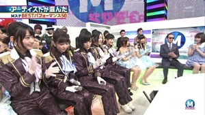 AKB48 - RIVER   Flying Get   Kokoro no Placard   Talk (Music Station SP 140926).ts - 00022