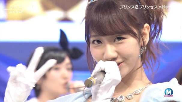 AKB48 - RIVER   Flying Get   Kokoro no Placard   Talk (Music Station SP 140926).ts - 00186