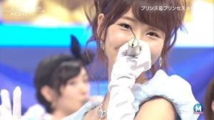 AKB48 - RIVER   Flying Get   Kokoro no Placard   Talk (Music Station SP 140926).ts - 00190