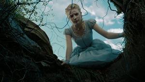 Alice.in.Wonderland.2010.1080p.BluRay.DTS.x264-ESiR.mkv - 00006