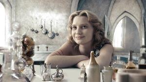 Alice.in.Wonderland.2010.1080p.BluRay.DTS.x264-ESiR.mkv - 00073