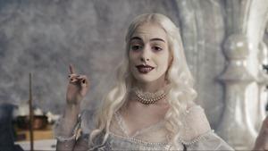 Alice.in.Wonderland.2010.1080p.BluRay.DTS.x264-ESiR.mkv - 00125