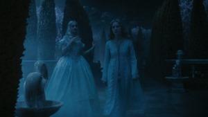 Alice.in.Wonderland.2010.1080p.BluRay.DTS.x264-ESiR.mkv - 00131
