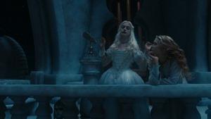 Alice.in.Wonderland.2010.1080p.BluRay.DTS.x264-ESiR.mkv - 00138