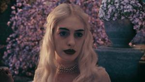 Alice.in.Wonderland.2010.1080p.BluRay.DTS.x264-ESiR.mkv - 00155