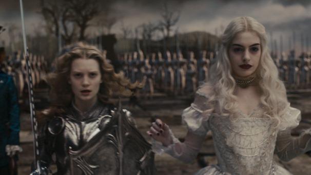 Alice.in.Wonderland.2010.1080p.BluRay.DTS.x264-ESiR.mkv - 00187