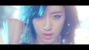 T-ARA[티아라] -SUGAR FREE-[슈가프리] M_V ver.1 - YouTube.mp4 - 00012