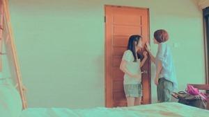 楊丞琳 曬焦的一雙耳朵 MV (HQ官方完整版) - YouTube.mp4 - 00033