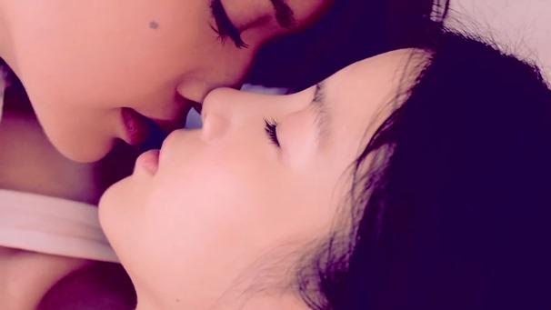 楊丞琳 曬焦的一雙耳朵 MV (HQ官方完整版) - YouTube.mp4 - 00224
