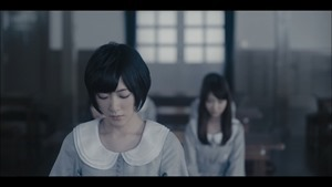 MV】ロンリネスクラブ (Team B) Short ver. _ AKB48[公式] - YouTube.mp4 - 00002