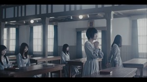 MV】ロンリネスクラブ (Team B) Short ver. _ AKB48[公式] - YouTube.mp4 - 00004