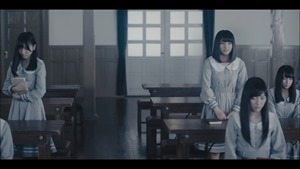 MV】ロンリネスクラブ (Team B) Short ver. _ AKB48[公式] - YouTube.mp4 - 00006