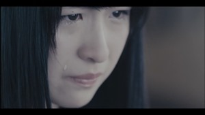 MV】ロンリネスクラブ (Team B) Short ver. _ AKB48[公式] - YouTube.mp4 - 00019