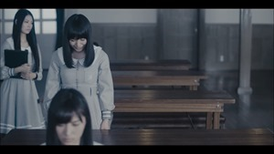 MV】ロンリネスクラブ (Team B) Short ver. _ AKB48[公式] - YouTube.mp4 - 00029