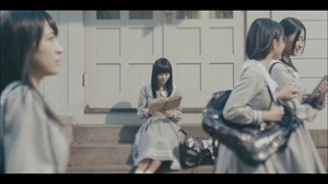 MV】ロンリネスクラブ (Team B) Short ver. _ AKB48[公式] - YouTube.mp4 - 00031