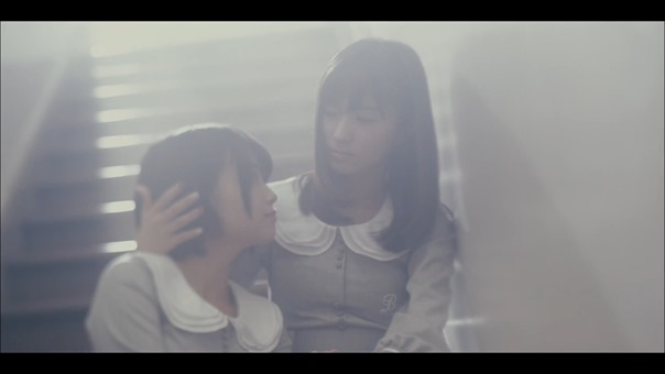 MV】ロンリネスクラブ (Team B) Short ver. _ AKB48[公式] - YouTube.mp4 - 00043