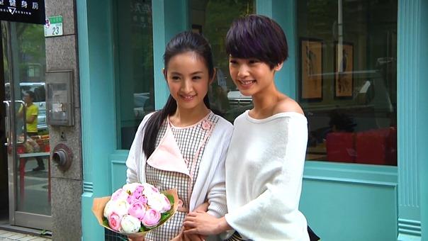 楊丞琳 Rainie Yang -【其實我們值得幸福】MV拍攝花絮 - YouTube.mp4 - 00029