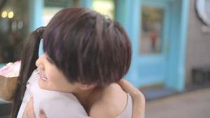 楊丞琳Rainie Yang - 其實我們值得幸福 (Official HD MV) - YouTube_2.mp4 - 00060