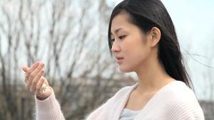 突然の病に立ち向かう少女のストーリー!映画『ゆめはるか』予告編 - YouTube.mp4 - 00009
