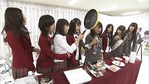 YNN [NMB48 CHANNEL] Rii-chan 24-hour TV - Time of adult (part2 - Nana's Cafe).mp4 - 00052