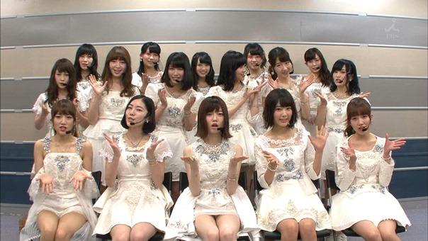 150516 CDTV - AKB48 - Bokutachi wa Tatakawanai   Talk.ts - 00007