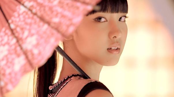 モーニング娘。'15『青春小僧が泣いている』(Morning Musume。'15[An Adolescent Boy is Crying]) (Promotion Edit) - YouTube.mp4 - 00015