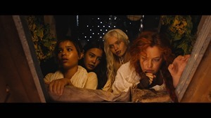 Mad Max- Fury Road - -Wives- Featurette [HD] - YouTube.mp4 - 00004
