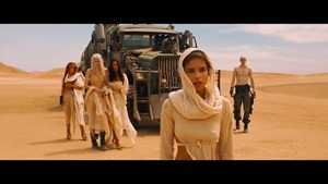 Mad Max- Fury Road - -Wives- Featurette [HD] - YouTube.mp4 - 00019