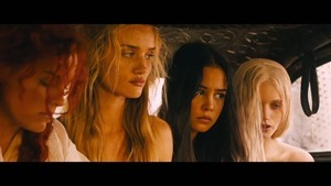 Mad Max- Fury Road - -Wives- Featurette [HD] - YouTube.mp4 - 00022