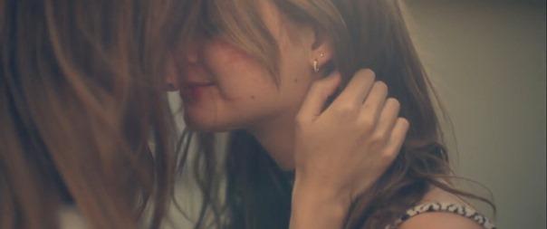 ---Hayley Kiyoko - Girls Like Girls.mp4 - 00119