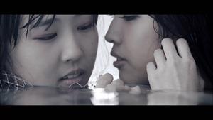 MV】水の中の伝導率 Short ver. _ AKB48[公式] - YouTube.mp4 - 00052