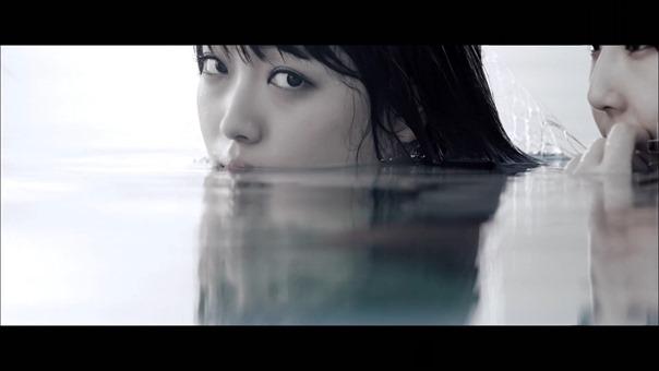 MV】水の中の伝導率 Short ver. _ AKB48[公式] - YouTube.mp4 - 00057