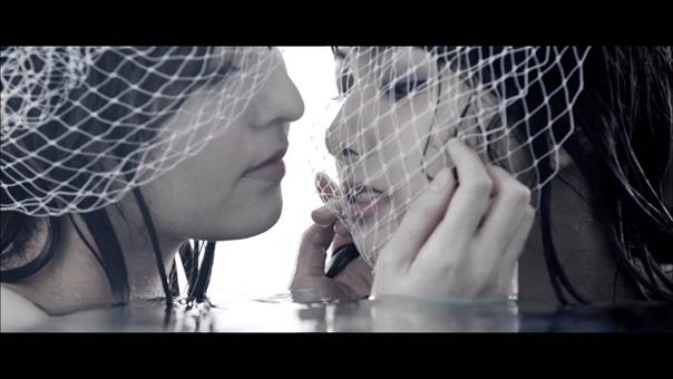MV】水の中の伝導率 Short ver. _ AKB48[公式] - YouTube.mp4 - 00066