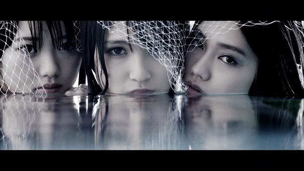 MV】水の中の伝導率 Short ver. _ AKB48[公式] - YouTube.mp4 - 00099