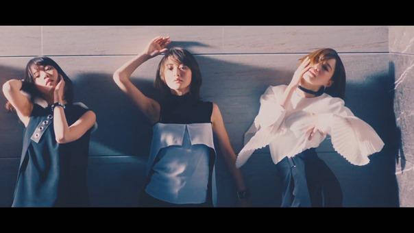 乃木坂46 『インフルエンサー』.mp4 - 00093