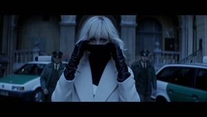 ATOMIC BLONDE Trailer.m2ts - 00023