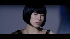 宇多田ヒカル - 二時間だけのバカンス featuring 椎名林檎 - YouTube.MKV - 00009