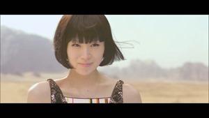 宇多田ヒカル - 二時間だけのバカンス featuring 椎名林檎 - YouTube.MKV - 00005