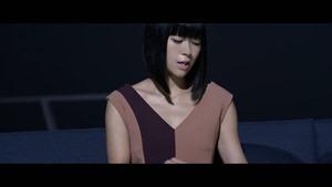 宇多田ヒカル - 二時間だけのバカンス featuring 椎名林檎 - YouTube.MKV - 00025